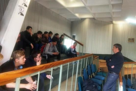 Alumnos del Secundario 16 visitaron la Legislatura