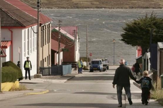 Argentina y Gran Bretaña acordaron un nuevo vuelo a Malvinas con escala en Córdoba