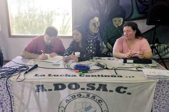 ADOSAC aprobó su balance e insistió en sus demandas de pago unificado y el pago de la deuda por el 8%