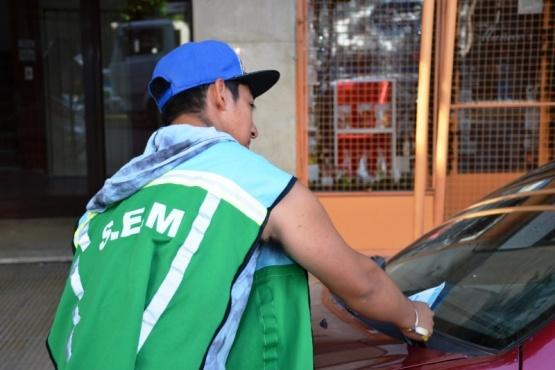 Operarios del servicio de estacionamiento medido reclaman bono navideño