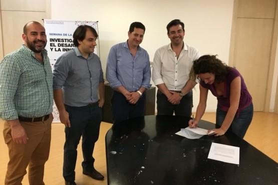 CAPROMISA firmó un convenio de cooperación con el CENIT