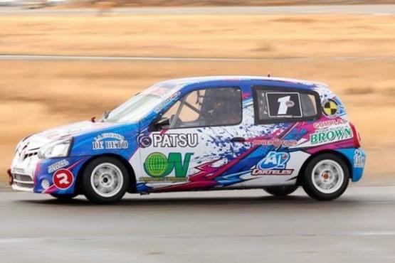 Martínez va por el bicampeonato en el turismo pista santacruceño