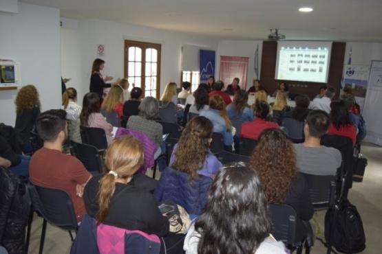 Seminario sobre el alcoholismo en Río Gallegos