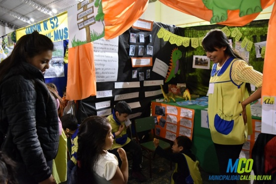 Escuelas mostraron sus proyectos a la comunidad