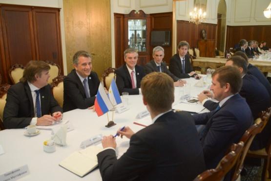 Argentina y Rusia firman un convenio de cooperación de pesca