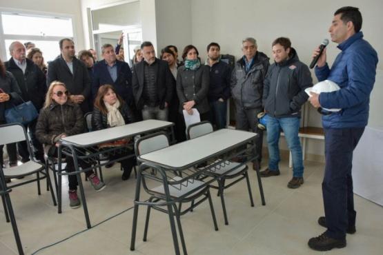 Tejada destacó la importunidad laboral que genera el Yacimiento Escuela