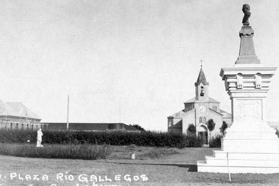 Postal de Francisco Gooderham - Plaza Mitre hoy Plaza San Martín.