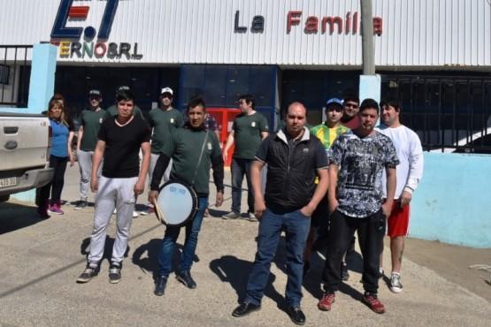 Bloquearon dos supermercados chinos en Caleta Olivia