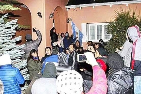 Citaron a indagatoria a dirigentes por el ataque a la Residencia de la Gobernadora