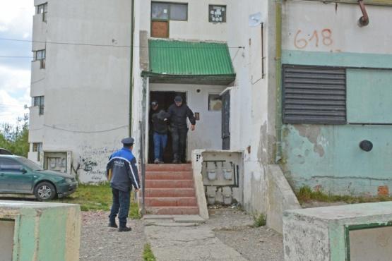 Un detenido en allanamiento tras el robo a una panadería