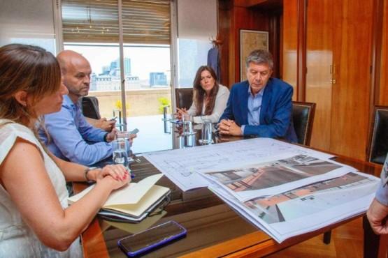 Invertirán mil millones de pesos para renovar el aeropuerto