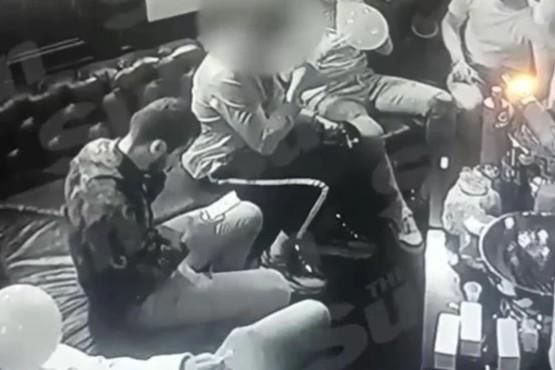 Un video muestra a estrellas del Arsenal consumiendo la droga