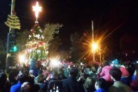 Encendieron el árbol navideño