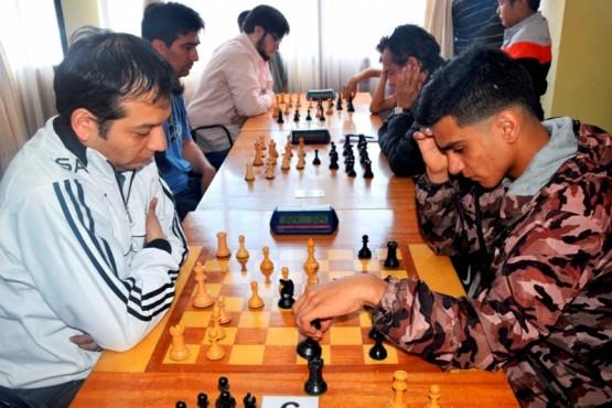 El ajedrez también tiene competencia.
