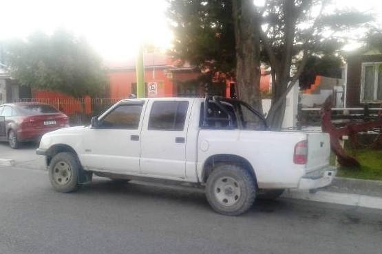 La camioneta Chevrolet S10 fue secuestrada por los uniformados.