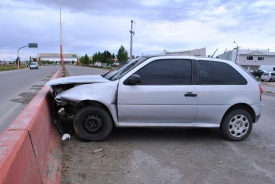 Sufrió fractura de cráneo tras chocar con el auto