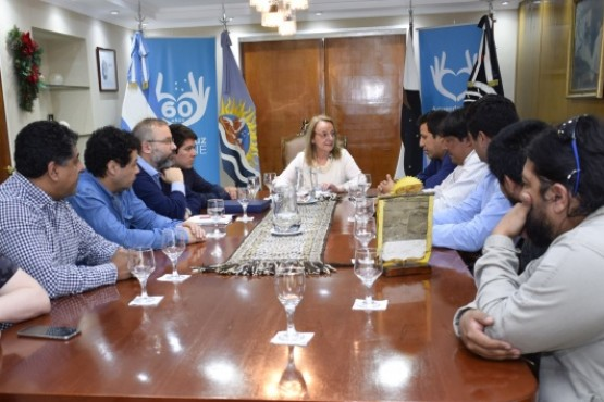 Alicia recibió a los representantes de la mesa intersindical de YCRT