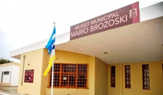 Museo Municipal Mario Brozoski.