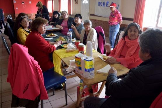 Abuelos del Cenin 6 compartieron día de chacra