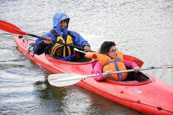 Regatas, travesías y kayak polo por el cumpleaños de la ciudad