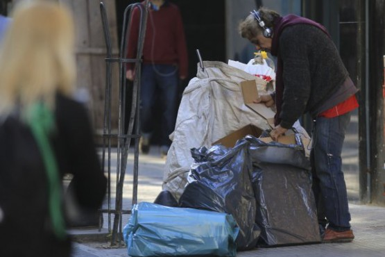 En Argentina, la pobreza llegó al 33,6%