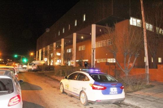 Seguirán presos indigentes del hospital acusados de abuso