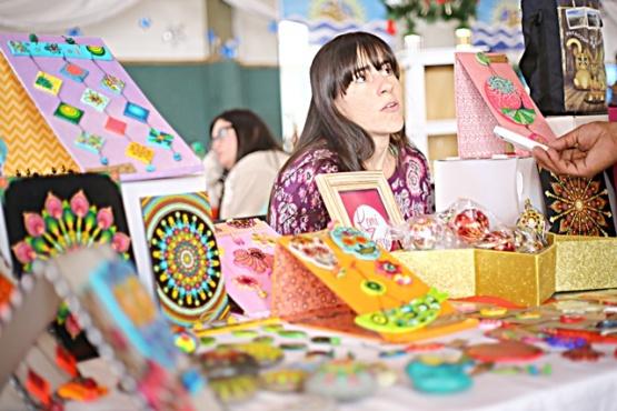Feria Navideña en el Escuela N°1 (C.G)