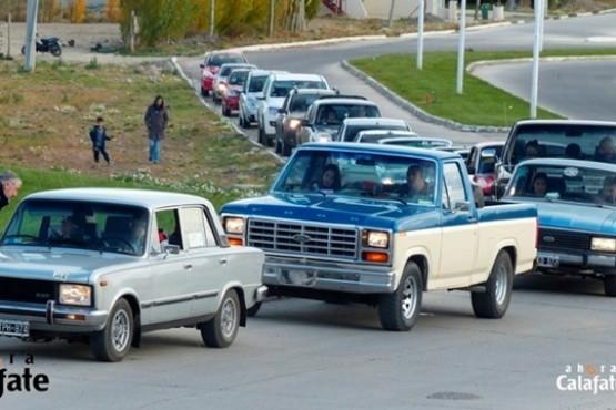 Los autos antiguos salen por cuarta vez a las calles de El Calafate
