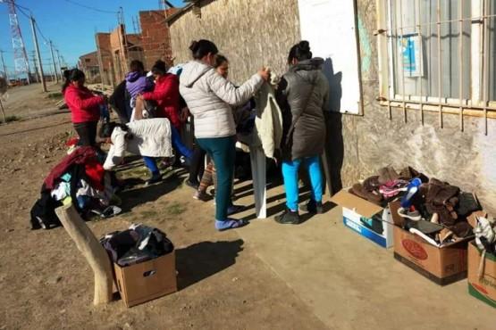 Más de ciento cincuenta familias se acercaron al ropero cada fin de semana.