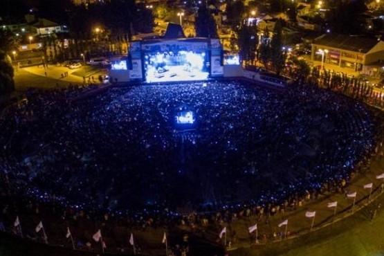 Se espera la confirmación de artistas internacionales para la Fiesta del Lago