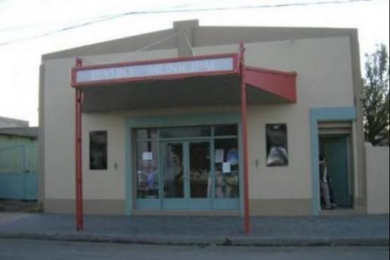 El Teatro Municipal tendrá lugar para 80 personas