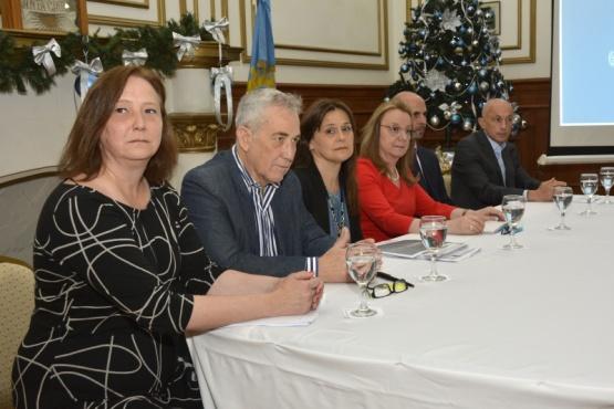 Presentaron acciones de fortalecimiento para las familias santacruceñas