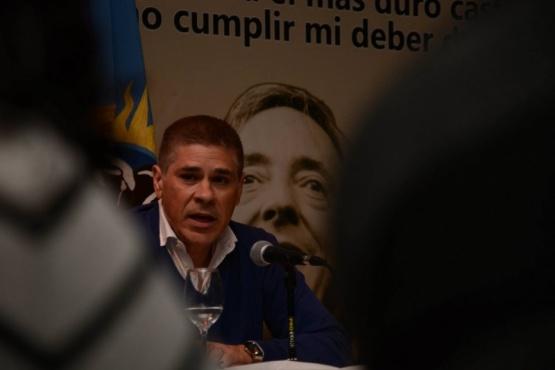 """González con la militancia: """"hoy nos damos el lujo de no tener que pedir permiso"""""""