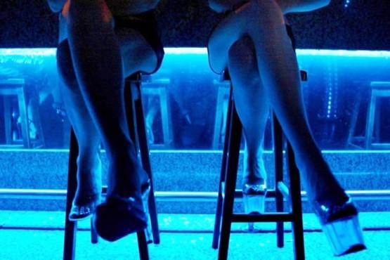 Santacruceña es condenada por tener extranjeras con situación ilegal en bares