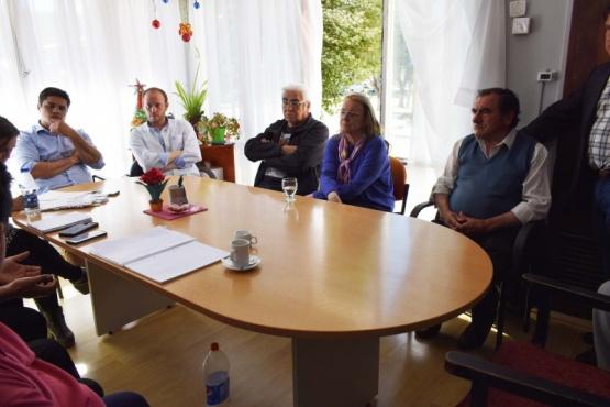 Alicia recibió a representantes de los centros de jubilados de YCRT