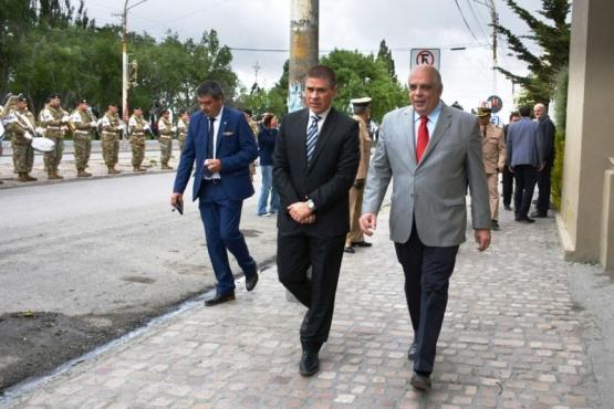 El intendente Giubetich agradeció que durante su gestión se hayan podido lograr consensos. (C. R)