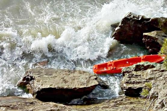 Mueren ahogados dos kayakistas en el lago Musters