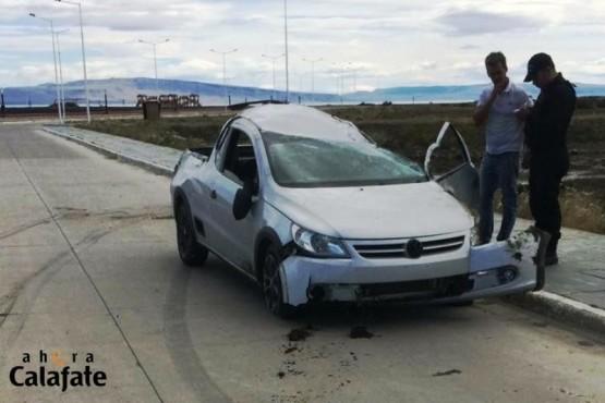 Así quedó el Volkswagen Saveiro donde viajaban los jóvenes. (Foto: Ahora Calafate)
