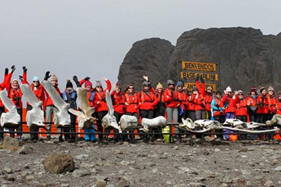 79 científicas partirán de Ushuaia a la Antártida