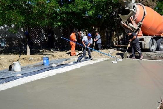Siguen las tareas de reparación del pavimento