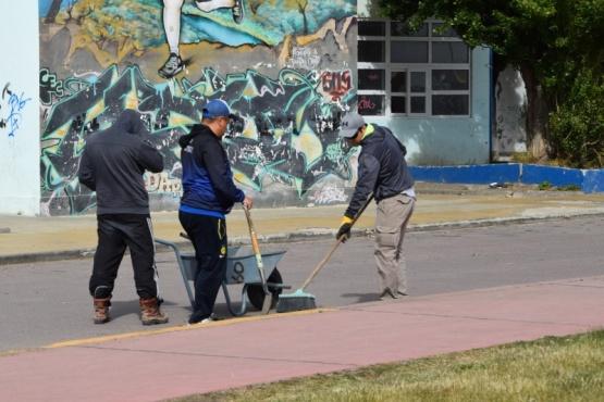 Personal municipal se abocó a trabajos saneamiento