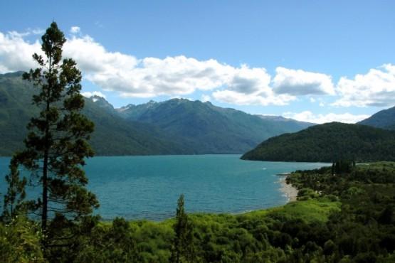 Hacía trekking en Lago Puelo, tuvo un accidente y desapareció