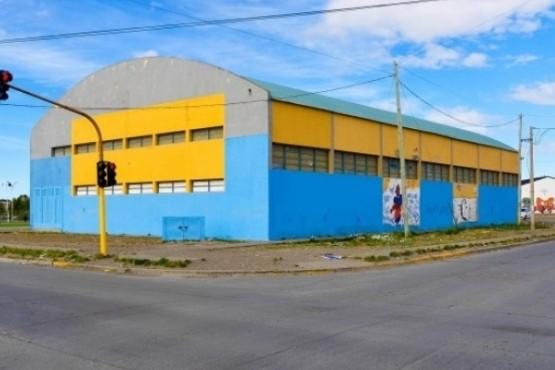 Los gimnasios municipales esperan por las colonias.