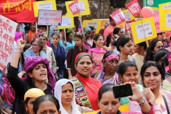 Cerca de 1400 detenidos tras las protestas por ingreso de dos mujeres a un templo