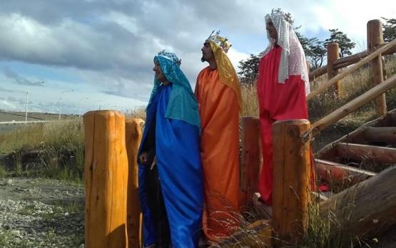 Los Reyes, visitaron la localidad.