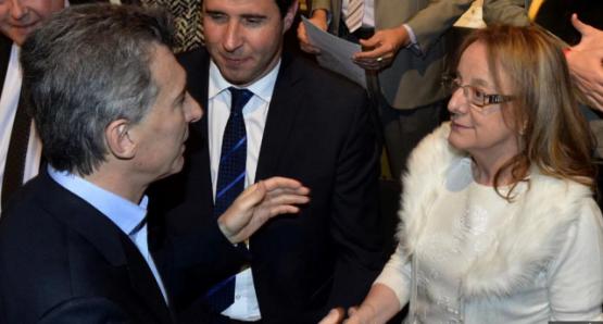Macri iría a la zona de las represas y se entrevistaría con la Gobernadora