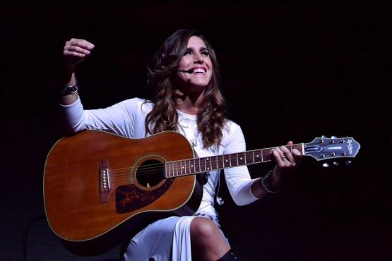 """Presenta su nuevo single""""La Gringa""""."""