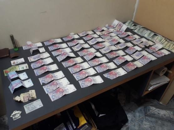 Dos sujetos fueron detenidos con marihuana, LSD y dinero
