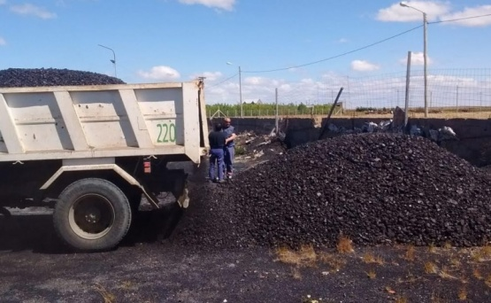 Por las bajas temperaturas ya hay vecinos que solicitaron carbón al municipio