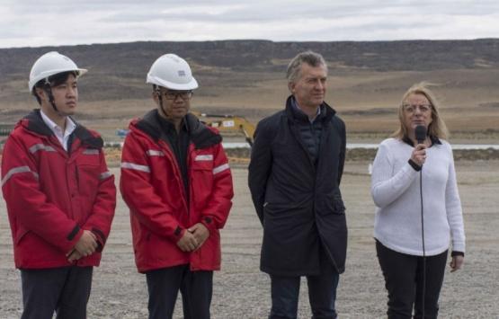 Mauricio Macri y Alicia Kirchner en las represas.